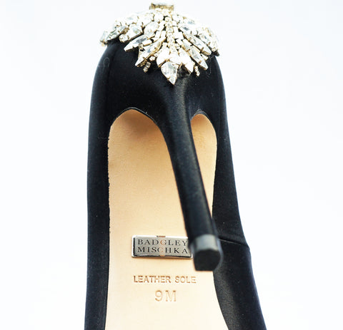 BADGLEY MISCHKA KIARA CRYSTAL EMBELLISHED PUMPS