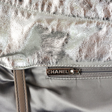 CHANEL HOLLYWOOD HOBO BAG - leefluxury.com