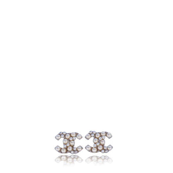 CHANEL 2014 CC PEARL AND SILVER STUD EARRINGS
