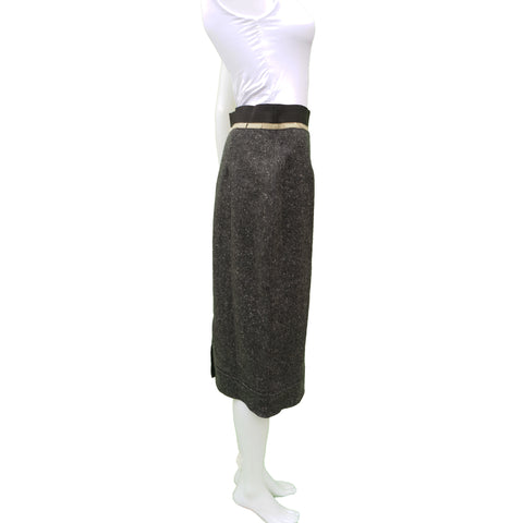 CHANEL GREY TWEED CASHMERE SKIRT Shop online the best value on authentic designer used preowned consignment on Leef Luxury.