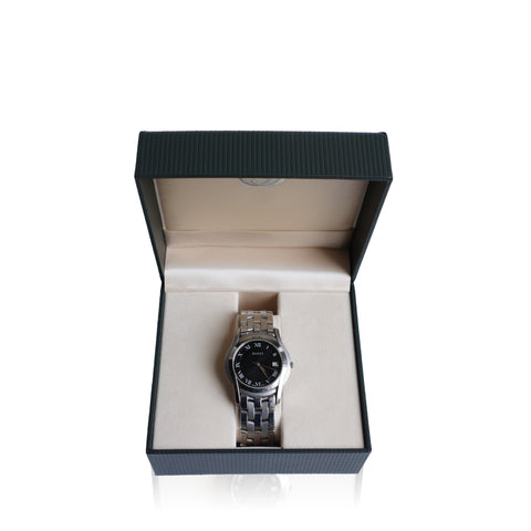 GUCCI 5500 SERIES STAINLESS STEEL BRACELET WATCH Shop online the best value on authentic designer used preowned consignment on Leef Luxury.