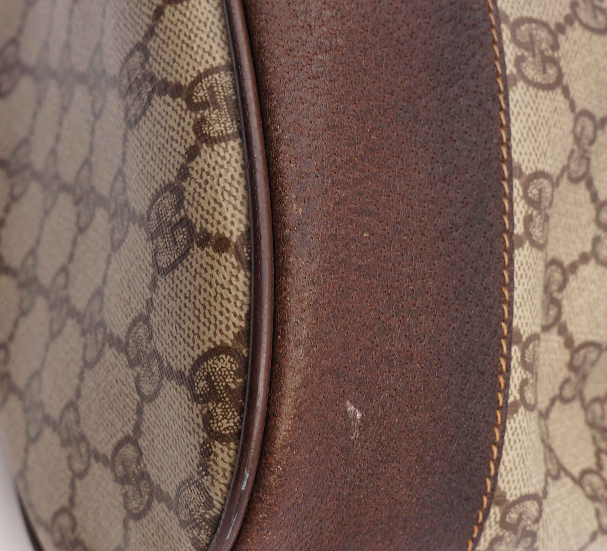 85465edfbe1a3 ... GUCCI WEB SUPREME BUCKET SHOULDER BAG Shop online the best value on authentic  designer used preowned ...