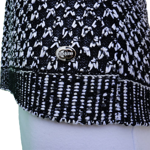 CHANEL 2017 BLACK AND  WHITE KNIT CAPE TOP Shop the best value on authentic designer used preowned consignment on Leef Luxury