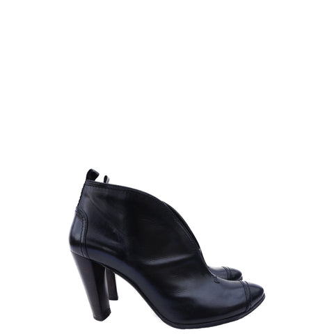 COSTUME NATIONAL LEATHER CAP-TOE BOOTIES - leefluxury.com
