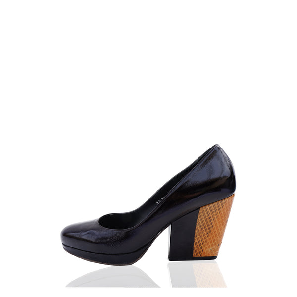 DRIES VAN NOTEN BLACK LEATHER AND EMBOSSED PLATFORM PUMPS