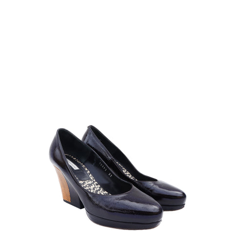 DRIES VAN NOTEN BLACK LEATHER AND EMBOSSED PLATFORM PUMPS Shop online the best value on authentic designer used preowned consignment on Leef Luxury.