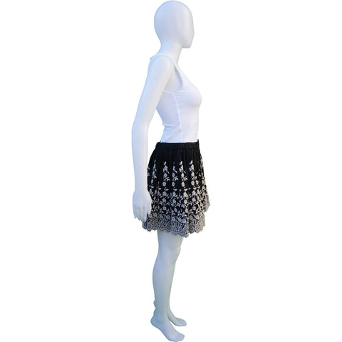 ULLA JOHNSON BLACK AND CREAM FLORAL EMBROIDERED MINI SKIRT - leefluxury.com