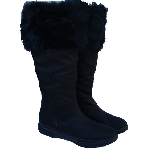 PRADA SHEARLING NYLON & RUBBER BOOTS NEW WITH TAGS Shop the best value on authentic designer resale consignment on Leef Luxury.