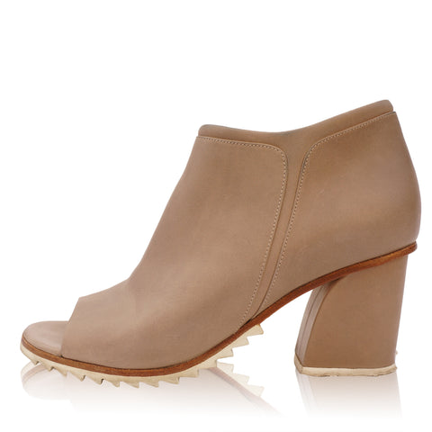 STEPHANE KÉLIAN LEATHER ANKLE BOOT - leefluxury.com