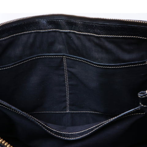TOD'S BLACK GRAINED LEATHER SHOULDER BAG  Shop online the best value on authentic designer used preowned consignment on Leef Luxury.