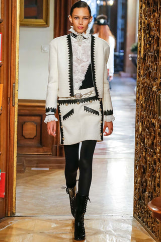 Chanel Pre-Fall 2015 Métiers d'Art Runway Paris Salzburg Karl Lagerfeld Knit Top
