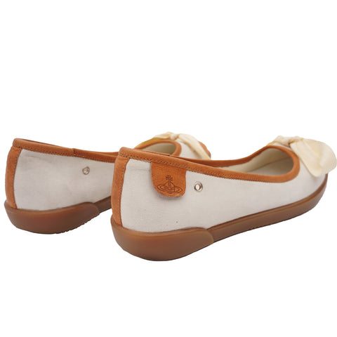 VIVIENNE WESTWOOD SUEDE AND LEATHER FLATS Shop online the best value on authentic designer used preowned consignment on Leef Luxury.