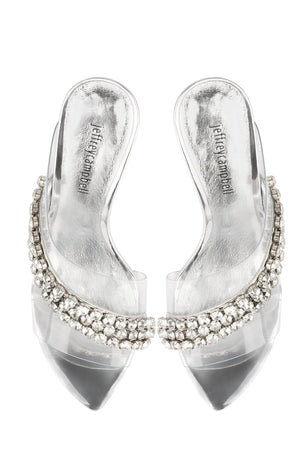 GLAM - Jeffrey Campbell
