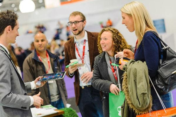 8 Important Tips To Generate Leads At Trade Shows