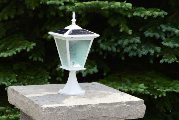 outdoor solar pillar lights uk