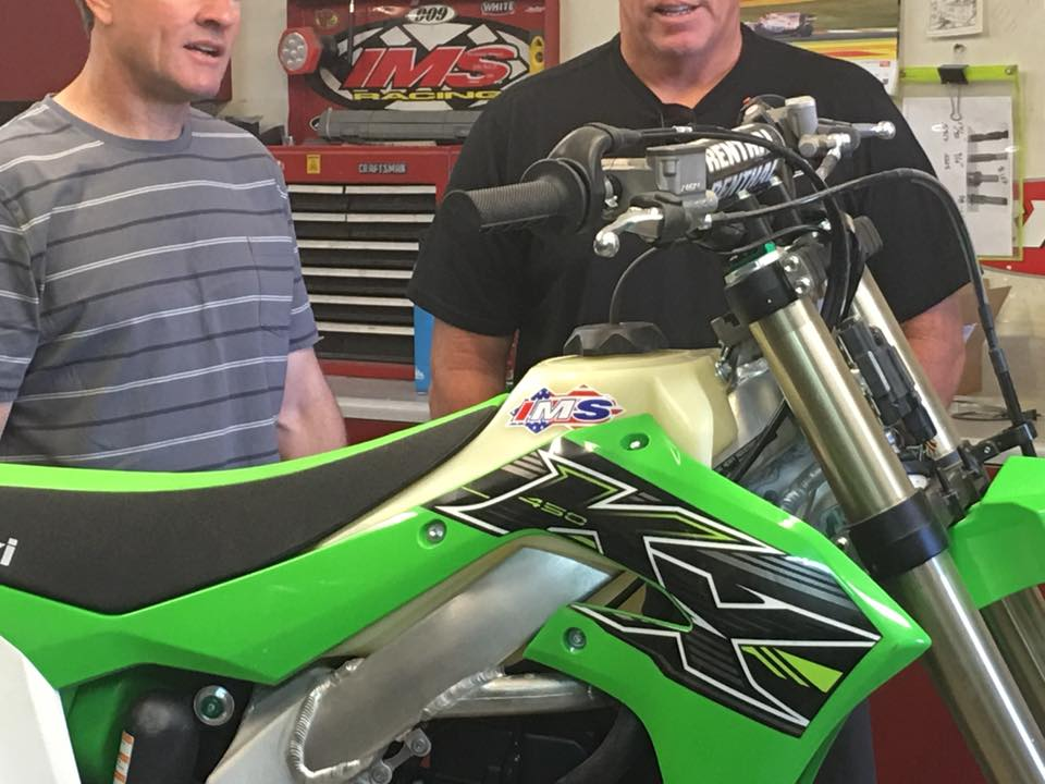 2019 KX 450 Gas Tank ( Taking Pre-Orders)