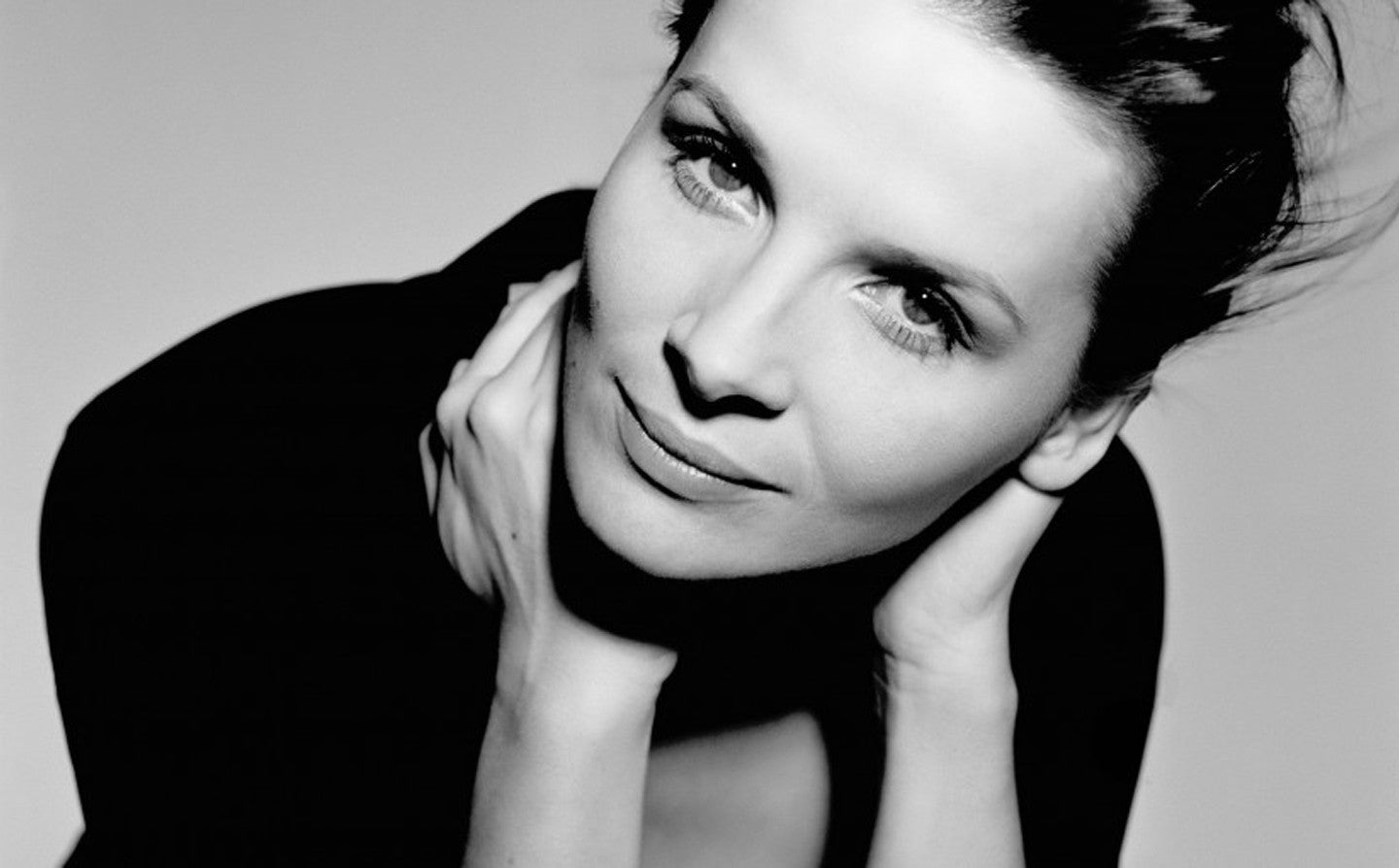 Monday Muse - Juliette Binoche