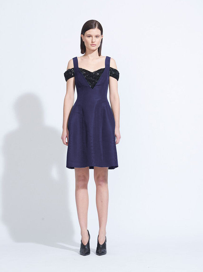 MOLDED SEAM DRESS
