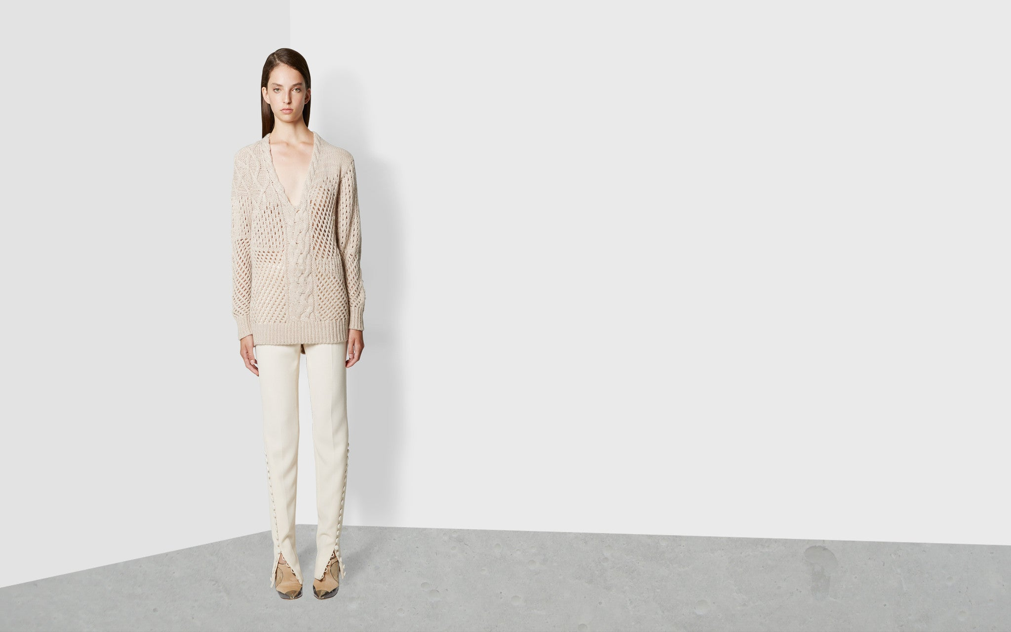 Cashmere V-Neck Knit