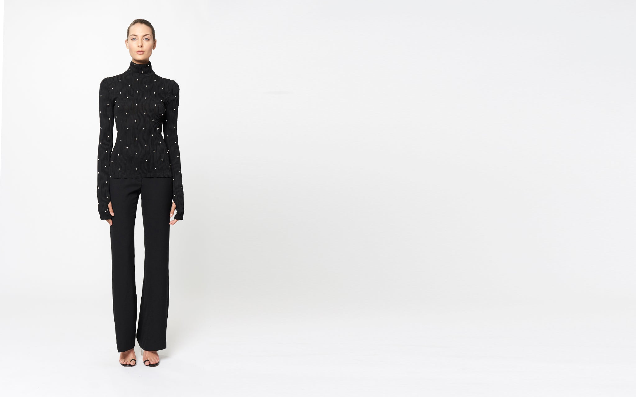 MIKO PEARL EMBROIDERED TURTLENECK