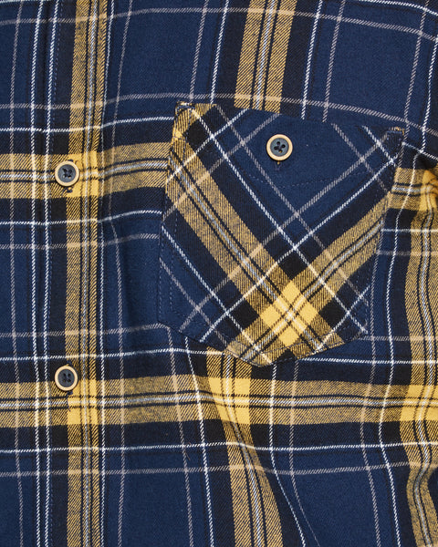 BRUSHED FLANNEL BUTTON DOWN IN FALL LEAF