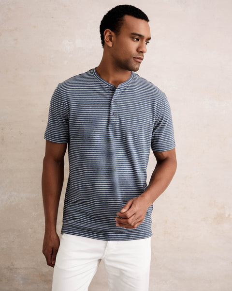 SHORT SLEEVE STRIPE HENLEY IN OMBRE BLUE