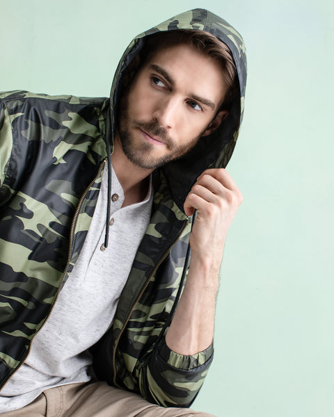 Full-Zip Hooded Rain Slicker in Camo