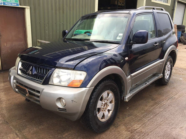 CURRENTLY BREAKING... 2004 MITSUBISHI SHOGUN SWB 3.2 DI-D AUTO