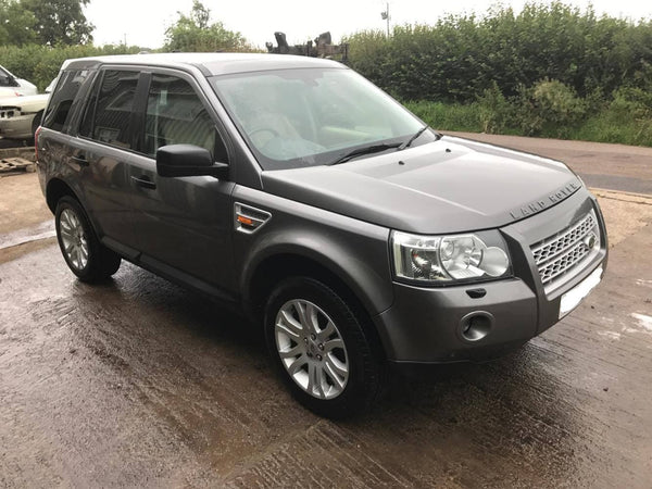 CURRENTLY BREAKING... 2006 LAND ROVER FREELANDER 2 - 2.2L TD4 MANUAL HSE GREY