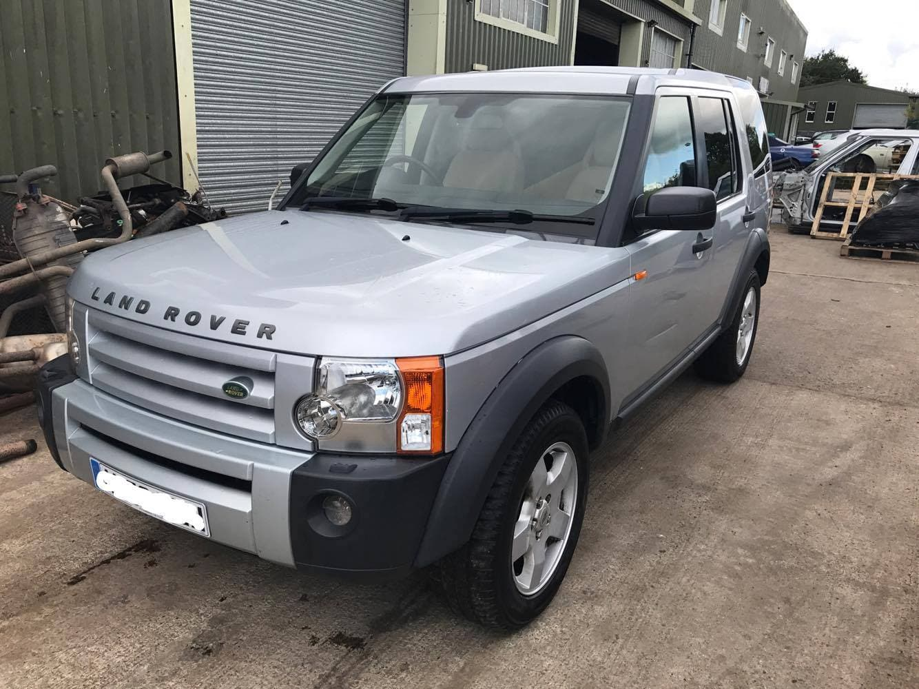 CURRENTLY BREAKING    2006 LAND ROVER DISCOVERY 3 - 2 7 TDV6