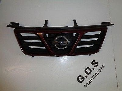 2001 - 2004 NISSAN X-TRAIL T30 PRE FACELIFT FRONT GRILLE IN RED / BURGUNDY XXX