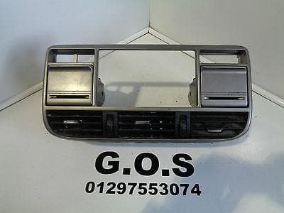 2002 - 2004 NISSAN X-TRAIL T30 CENTRE DASH VENT CAN HOLDER STEREO SURROUND XXX