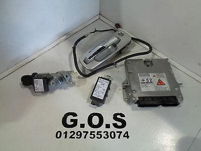 04 - 07 NISSAN X-TRAIL T30 2.2 DCi LOCK SET ECU IGNITION BARREL KEYS B371M EQ44B