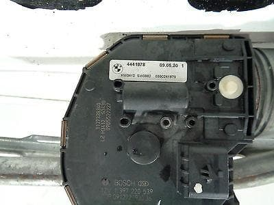 2009 - 15 BMW F01 F02 7 SERIES FRONT WIPER MOTOR AND LINKAGE 4441878