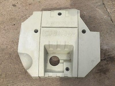 1999 - 2006 MITSUBISHI SHOGUN PAJERO MK3 3.2 DiD ENGINE COVER