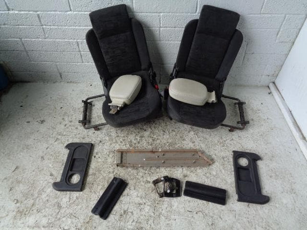 Discovery 2 Dickie Seats Pair 3rd Row Black Cloth Land Rover P31059 XXX
