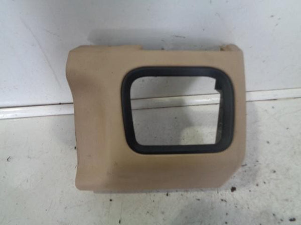 2005 - 2009 RANGE ROVER SPORT L320 OFF SIDE DASHBOARD COVER IN BEIGE (RIGHT)