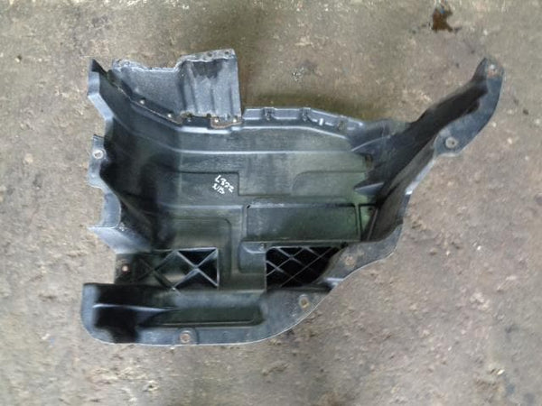 2002 - 2006 RANGE ROVER L322 NEAR SIDE FUEL TANK GUARD WFZ000034
