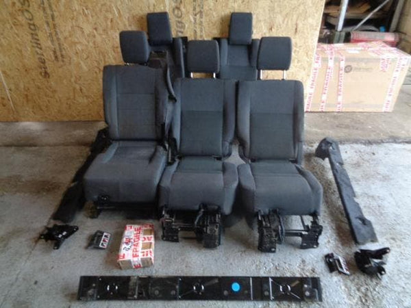 2004 - 2009 LAND ROVER DISCOVERY 3 REAR GREY CLOTH SEATS CONVERSION SET #17108