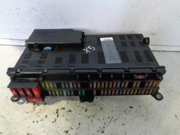 2001 - 2006 BMW X5 E53 3.0D FUSE BOX WITH FUSES AS PICTURED
