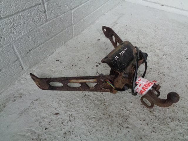 Discovery 2 Tow Bar Heavy Duty with Fixing Bolts and Single Electrics 1998 to 20