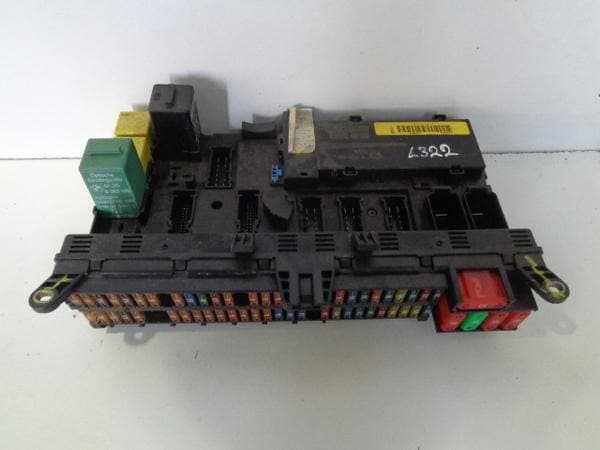 range rover l322 fuse box main dash board yqe500240 4 2 supercharged (02-09)