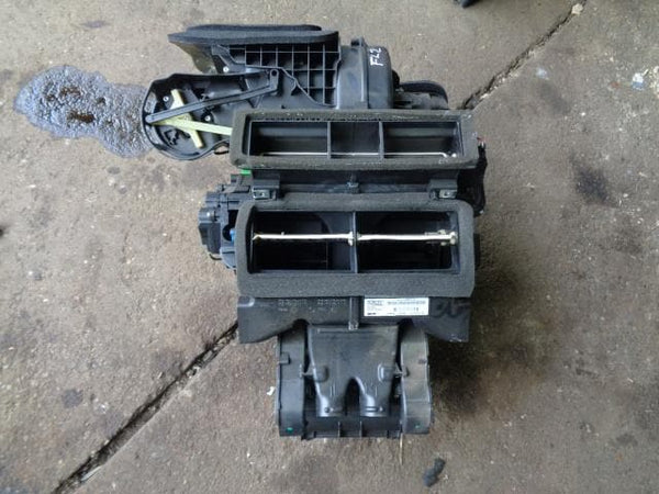 2006 - 2010 LAND ROVER FREELANDER 2 HEATER BOX / MATRIX 6G9N-19B555-KL #17098
