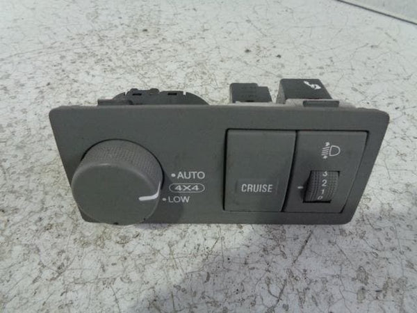 Kia Sorento Low Range Control Cruise Control Headlight Switch #P25039