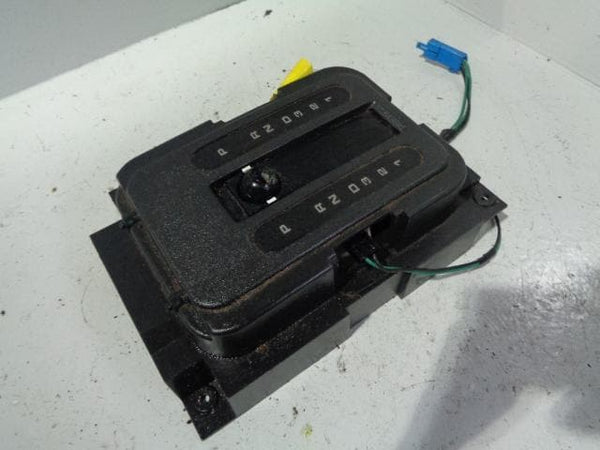 Discovery 1 Gear Selector Surround Automatic 1994 to 1998 B15109