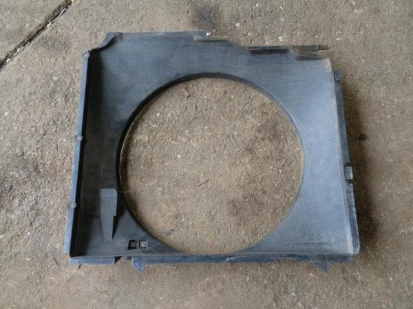 2001 - 2006 BMW X5 E53 3.0D VISCOUS FAN PLASTIC COWLING SURROUND