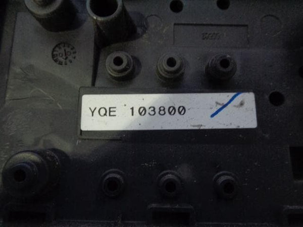 1998 - 2004 LAND ROVER DISCOVERY 2 TD5 V8 FUSE BOX WITH FUSES & COVER YQE103800