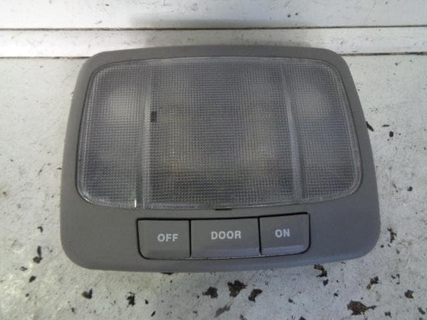 2002 - 2006 KIA SORENTO INTERIOR CENTRE LIGHT
