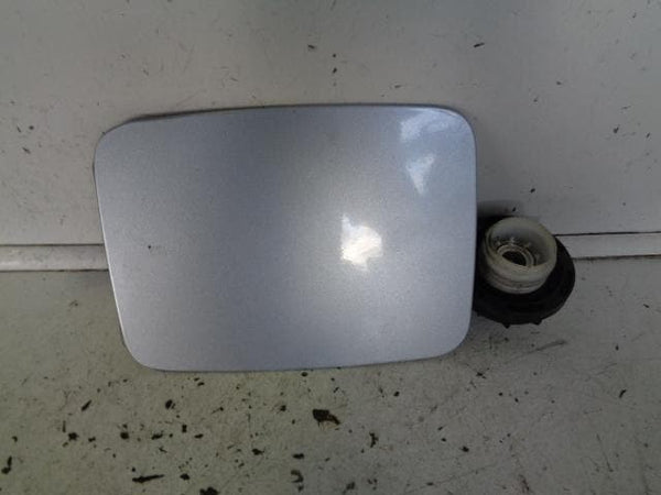 2002 - 2006 KIA SORENTO FUEL FLAP AND CAP IN ICE BLUE