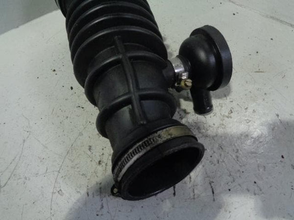 Discovery 2 Turbo To Air Box Pipe Hose TD5 Land Rover 1998 to 2004